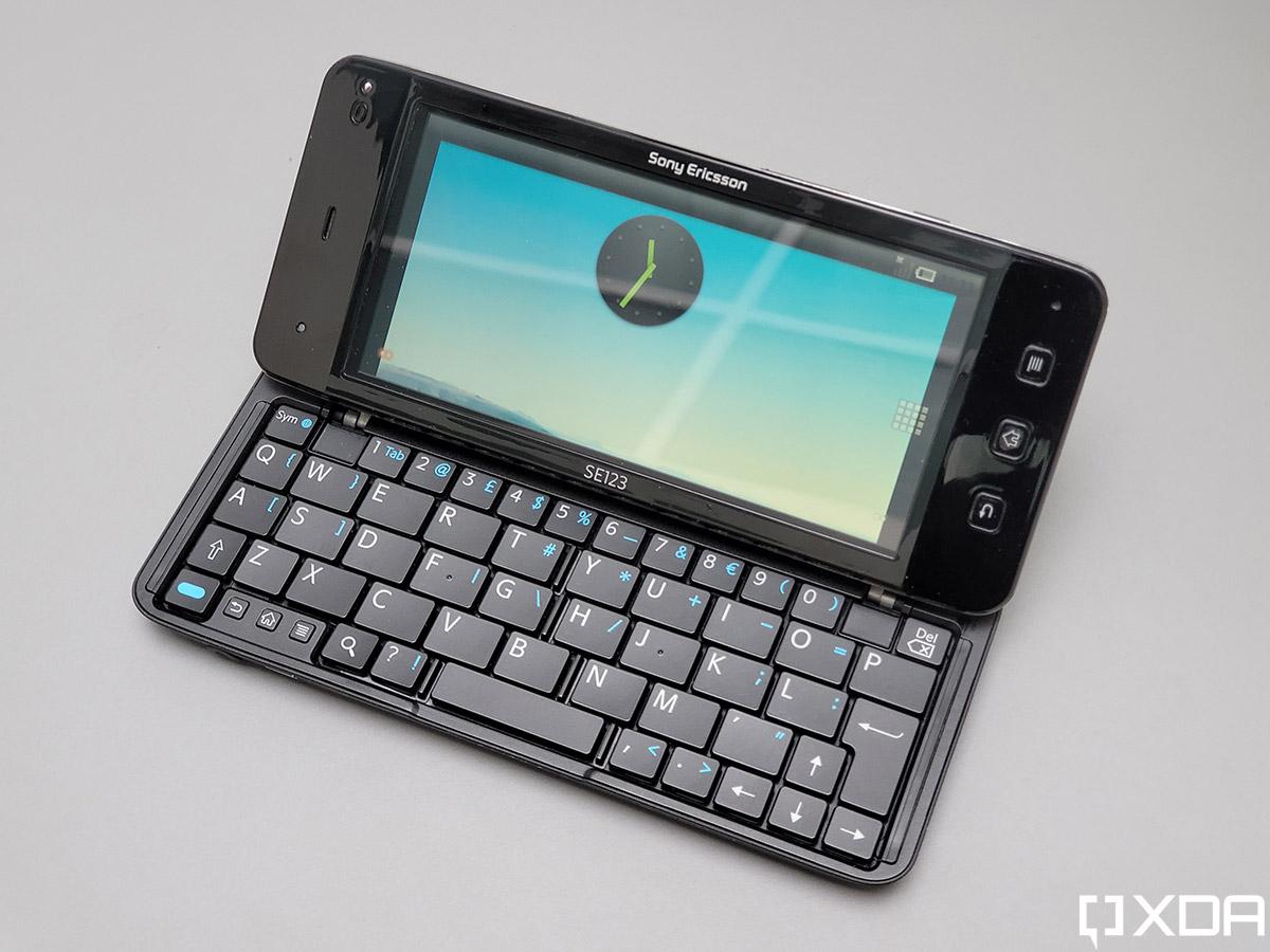 Sony Ericsson Xperia VAIO Prototype
