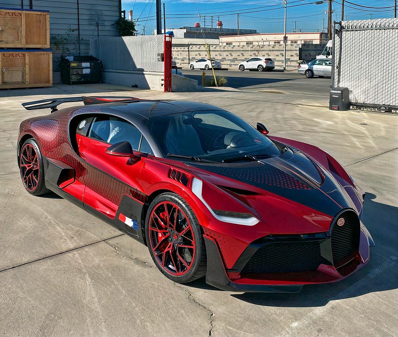 Bugatti Divo Unboxing